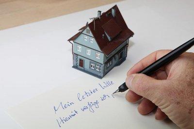 erbschaft haus selbst einziehen haferkamp immobilien gmbh. Black Bedroom Furniture Sets. Home Design Ideas
